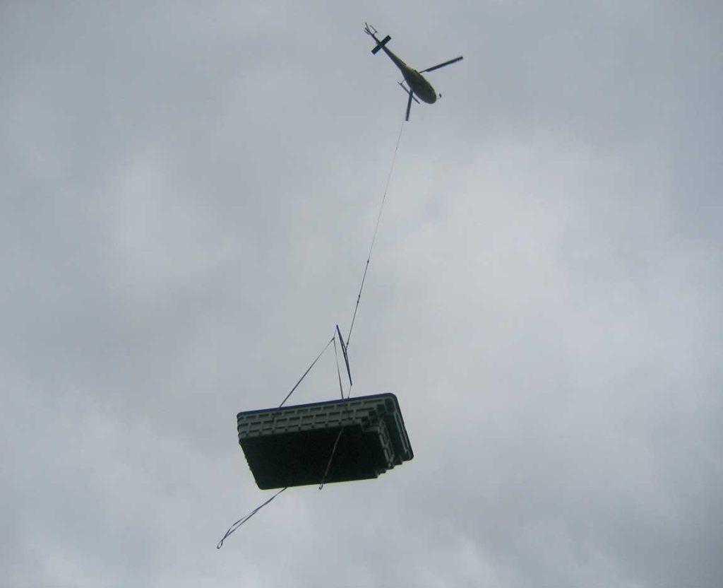 Livraison et pose d'une piscine par hélicoptère