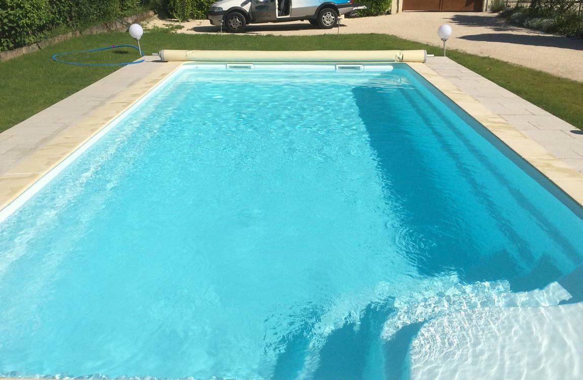 Construction d'une piscine à coque à Vaulnavey