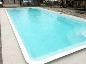 Rénovation vielle piscine béton : remplacement coque polyester