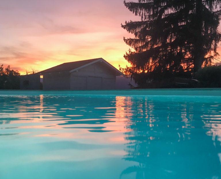 Construction d'une piscine à coque à Vaulnavey le Haut