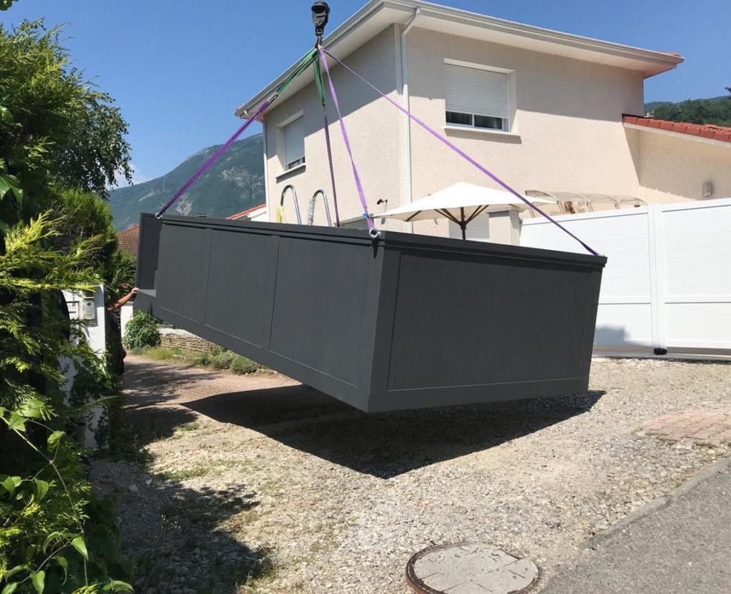 Livraison d'une piscine conteneur
