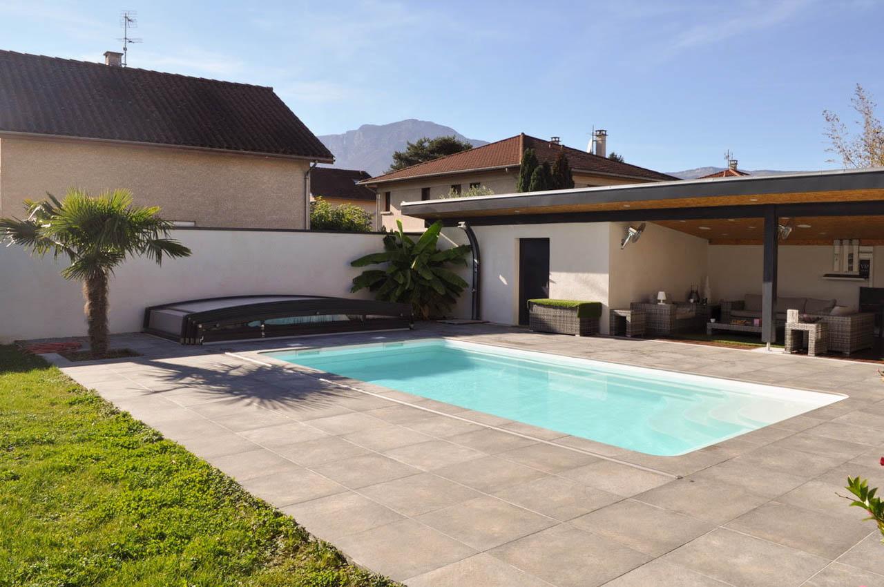 Visite modèle d'exposition piscine